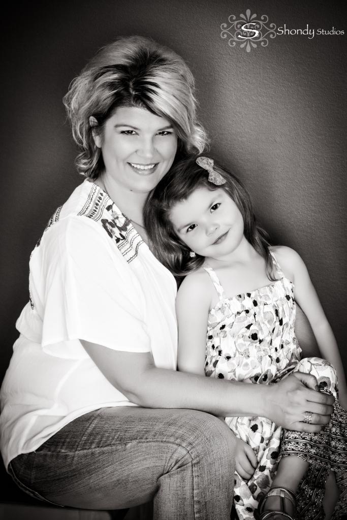 family portraits, glamour, kid portraits, omaha, ne, shondy studios, mothers, photography,