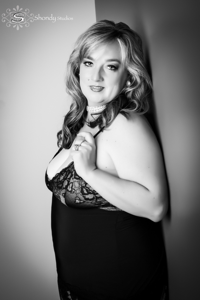 boudoir, photography, omaha, ne, shondy studios, sexy photos, intimate photography, bridal, gifts for grooms, omaha boudoir, omaha sexy photos, intimate