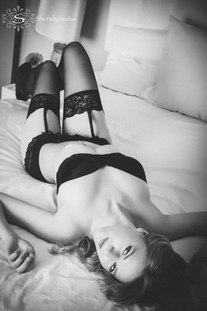 omahaboudoirphotographers, boudoir, photography, omaha, ne, shondy studios, sexy photos, intimate photography, bridal, gifts for grooms, omaha boudoir, omaha sexy photos, intimate