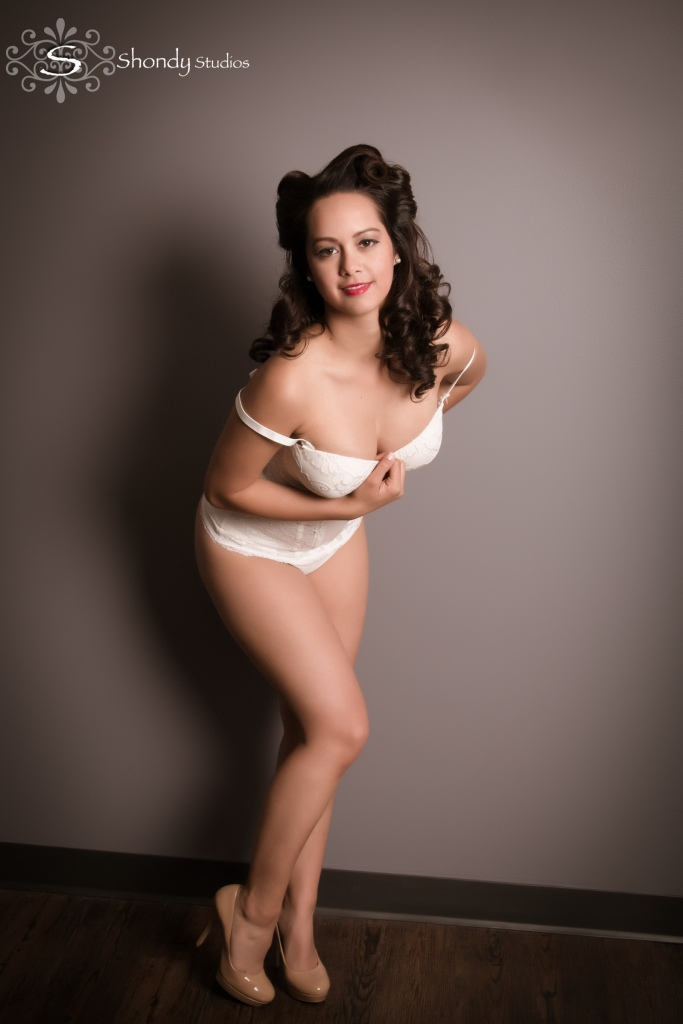 omahaboudoirphotographers, boudoir, photography, omaha, ne, shondy studios, sexy photos, intimate photography, bridal, gifts for grooms, omaha boudoir, omaha sexy photos, intimate, pin-up, glamour