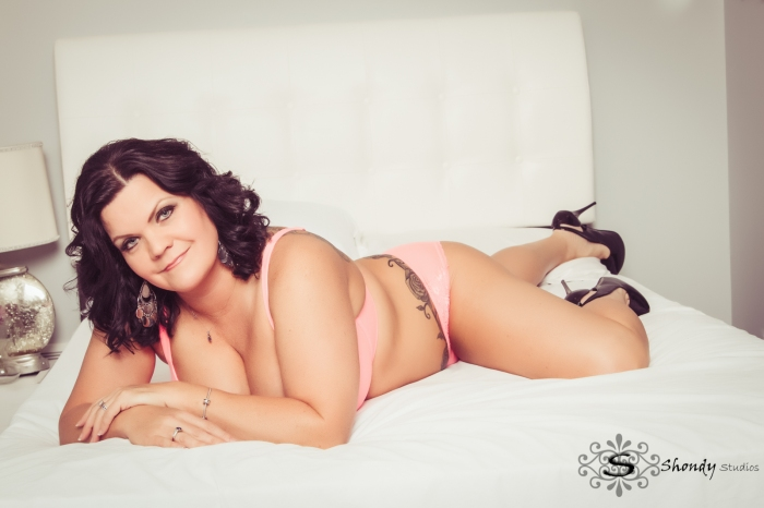 omahaboudoirphotographers, boudoir, photography, omaha, ne, shondy studios, sexy photos, intimate photography, bridal, gifts for grooms, omaha boudoir, omaha sexy photos, intimate