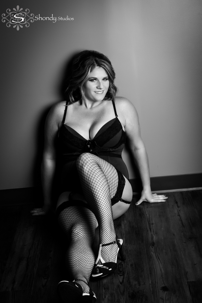 omahaboudoirphotographers, boudoir, photography, omaha, ne, shondy studios, sexy photos, intimate photography, bridal, gifts for grooms, omaha boudoir, omaha sexy photos, intimate,