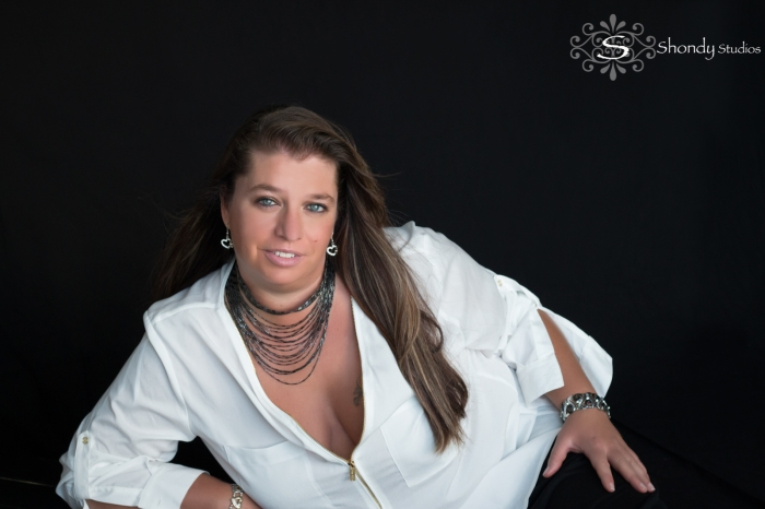 omaha, portrait, glamour, fashion, photography, photographer, family, mother, daughter, love, legacy,