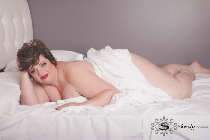 omaha, boudoir, photography, photographer, glamour, women, gift, wedding, anniversary, birthday, sexy, lingerie, intimate,